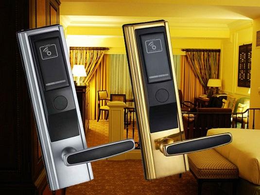 Электронный замок для гостиничных номеров