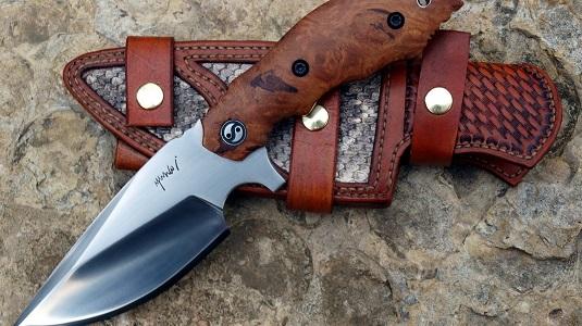 Нож с коротким клинком