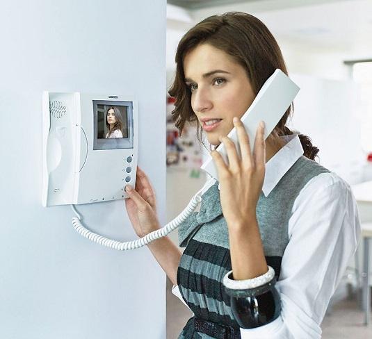 Общение по видеодомофону