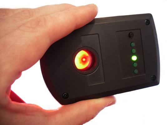Светодиоды в обнаружителе скрытых видеокамер