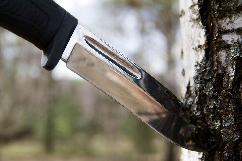 нескладной нож для туриста