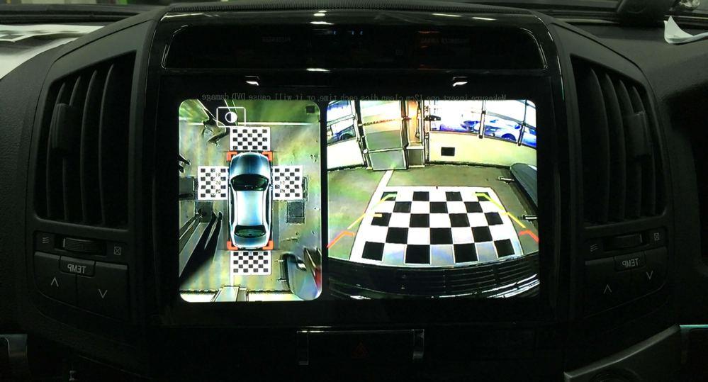 Изображение с парктроника переднего вида