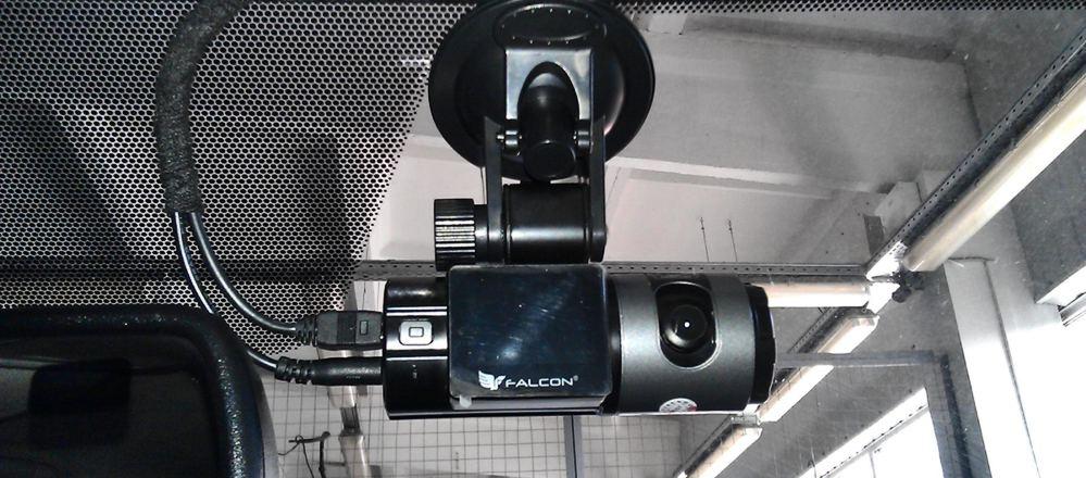 Видеорегистраторы Фалкон