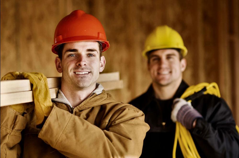 Защитная одежда для строителя