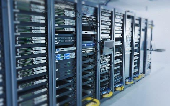 Серверные стойки Trinix