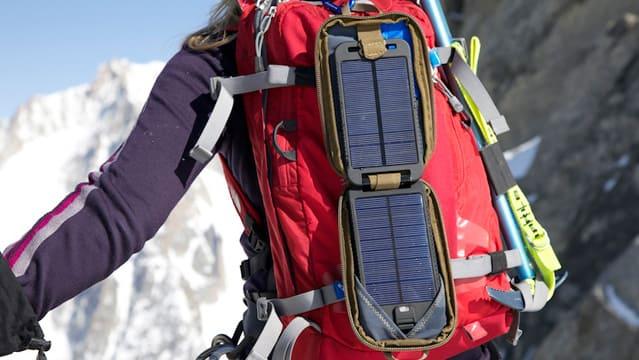Портативная солнечная батарея Powertraveller